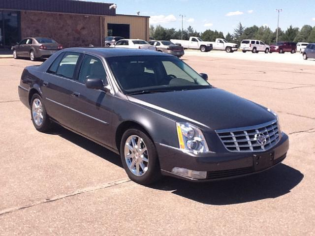 2010 cadillac dts luxury collection for sale in goodland kansas classified. Black Bedroom Furniture Sets. Home Design Ideas