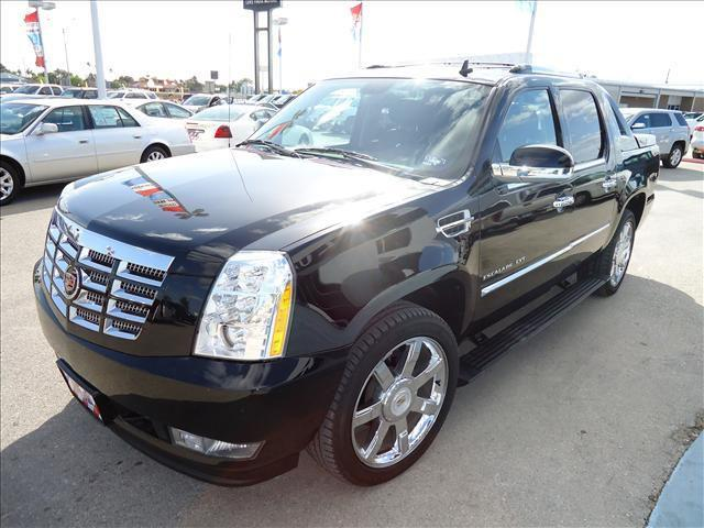 2010 cadillac escalade ext premium for sale in brownsville for Luke fruia motors brownsville texas
