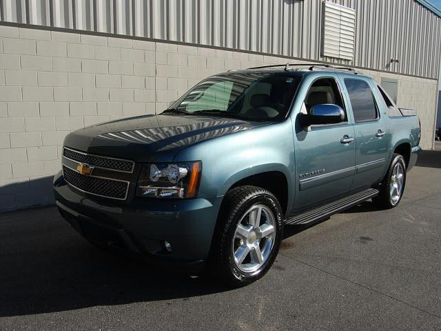 2010 chevrolet avalanche 1500 ltz for sale in rocky mount north carolina classified. Black Bedroom Furniture Sets. Home Design Ideas