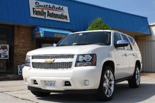 2010 chevrolet tahoe ltz 4x4 pearl white w upgraded chevy. Black Bedroom Furniture Sets. Home Design Ideas