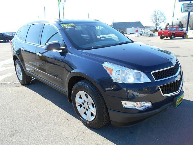 2010 chevrolet traverse fwd ls 4dr suv for sale in clinton michigan classified. Black Bedroom Furniture Sets. Home Design Ideas