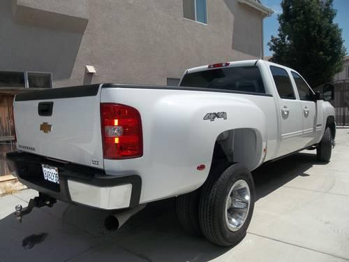 2010 chevy silverado diesel 3500 hd 4x4 crew cab dually 1 ton duramax for sale in murrieta. Black Bedroom Furniture Sets. Home Design Ideas
