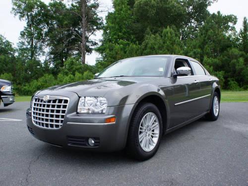 2010 chrysler 300 4 dr sedan touring for sale in buffalo lake north carolina classified. Black Bedroom Furniture Sets. Home Design Ideas