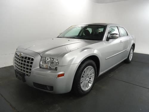 2010 Chrysler 300 4D Sedan Touring for Sale in Princeville ...