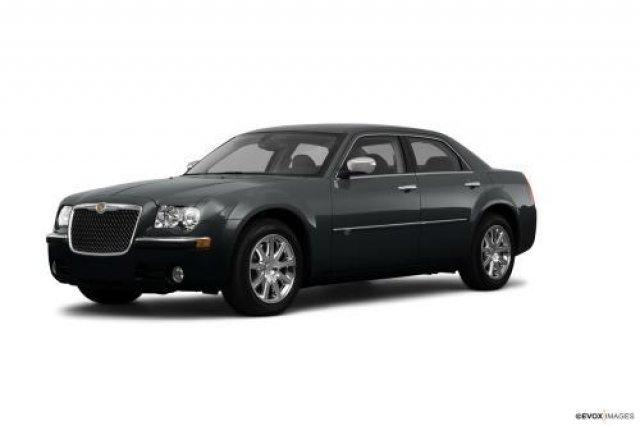 2010 chrysler 300 touring 4dr sedan for sale in wyoming michigan classified. Black Bedroom Furniture Sets. Home Design Ideas