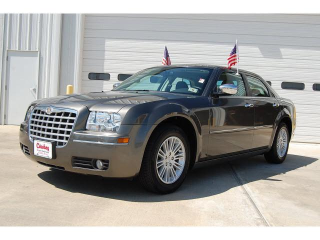 2010 chrysler 300 touring for sale in silsbee texas classified. Black Bedroom Furniture Sets. Home Design Ideas