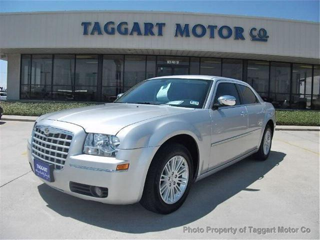 2010 chrysler 300 touring for sale in portland texas for Taggart motors portland texas