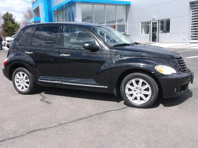 2010 chrysler pt cruiser classic acton ma for sale in acton massachusetts classified. Black Bedroom Furniture Sets. Home Design Ideas