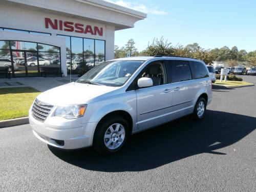 2010 chrysler town and country mini van touring for sale in dothan alabama classified. Black Bedroom Furniture Sets. Home Design Ideas