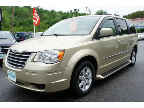2010 chrysler town and country mini van touring for sale in beemerville new jersey classified. Black Bedroom Furniture Sets. Home Design Ideas