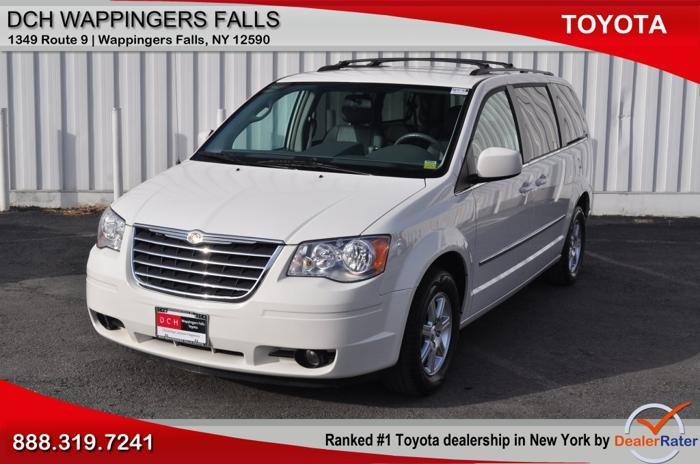 2010 chrysler town and country touring 4dr mini van for sale in new hamburg new york classified. Black Bedroom Furniture Sets. Home Design Ideas