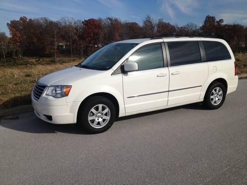 2010 chrysler town and country touring for sale in nixa missouri. Cars Review. Best American Auto & Cars Review