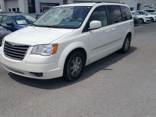 2010 chrysler town and country touring touring 4dr mini van for sale in murfreesboro tennessee. Black Bedroom Furniture Sets. Home Design Ideas