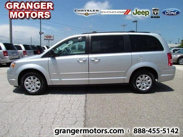 2010 Chrysler Town Country Lx For Sale In Granger Iowa