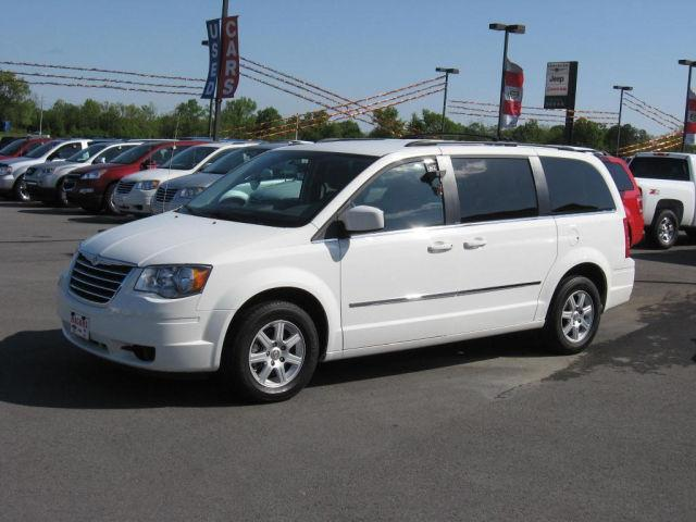 2010 chrysler town country touring for sale in morrilton arkansas classified. Black Bedroom Furniture Sets. Home Design Ideas