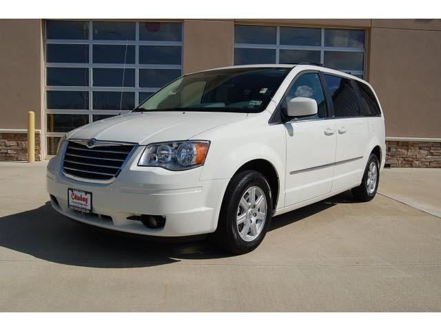 2010 chrysler town country touring for sale in silsbee texas classified. Black Bedroom Furniture Sets. Home Design Ideas