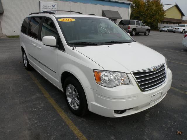 2010 chrysler town country touring for sale in honeoye falls new york classified. Black Bedroom Furniture Sets. Home Design Ideas