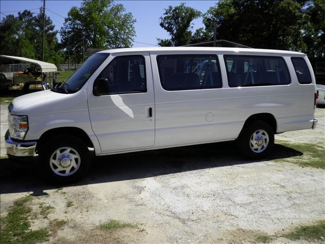 2010 Ford E350 Super Duty