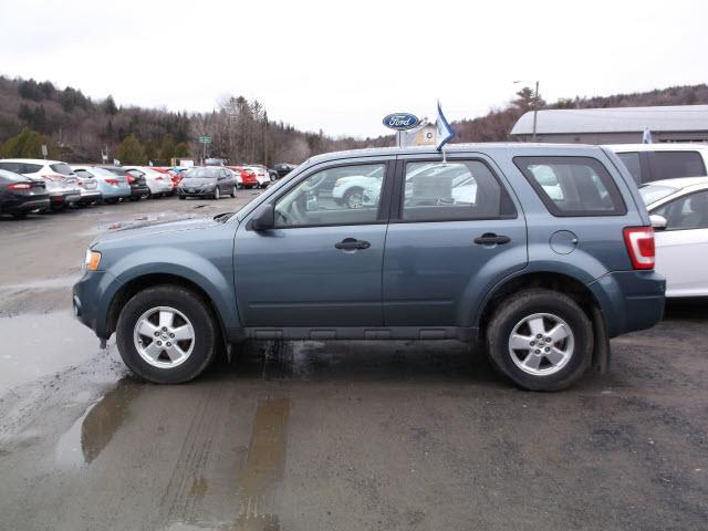 2010 ford escape awd xls 4dr suv for sale in hardwick vermont classified. Black Bedroom Furniture Sets. Home Design Ideas