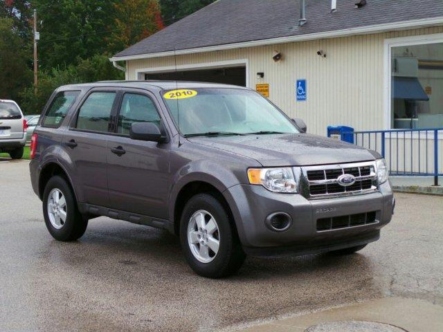 2010 ford escape xls xls 4dr suv for sale in meskegon michigan classified. Black Bedroom Furniture Sets. Home Design Ideas