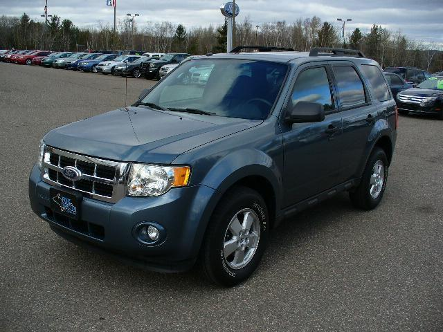 2010 ford escape xlt for sale in marquette michigan classified. Black Bedroom Furniture Sets. Home Design Ideas