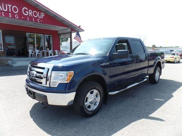 2010 Ford F-150 XL 4x4 XL 4dr SuperCrew Styleside 5.5