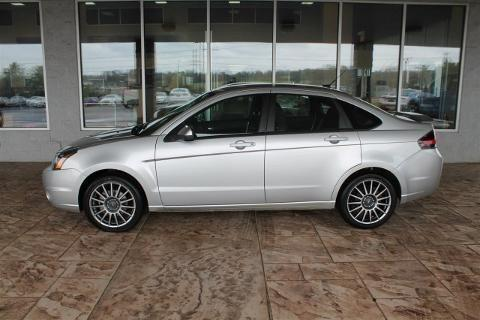 2010 ford focus 4 door sedan for sale in sweetwater tennessee classified. Black Bedroom Furniture Sets. Home Design Ideas