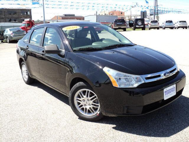 2010 ford focus se for sale in huntington west virginia. Black Bedroom Furniture Sets. Home Design Ideas