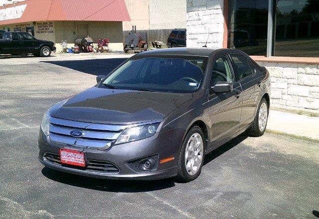 2010 ford fusion se se 4dr sedan for sale in killeen texas classified. Black Bedroom Furniture Sets. Home Design Ideas