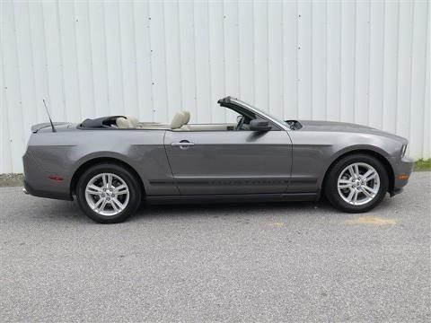 2010 ford mustang 2 door convertible for sale in cleveland georgia classified. Black Bedroom Furniture Sets. Home Design Ideas