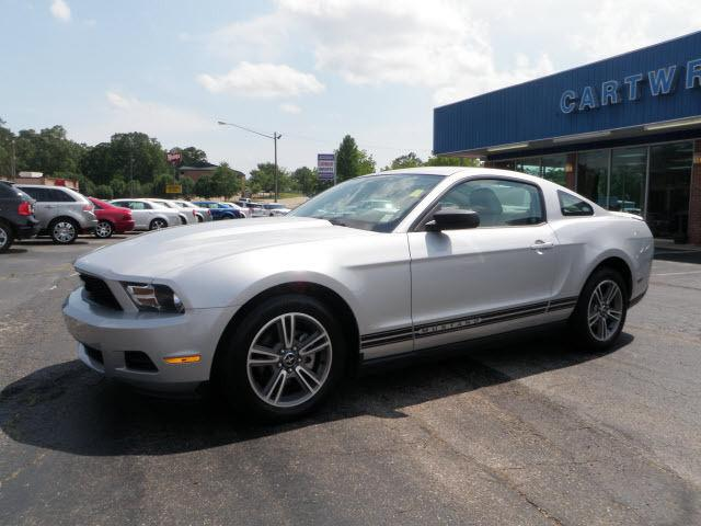 2010 ford mustang for sale in booneville mississippi classified. Black Bedroom Furniture Sets. Home Design Ideas