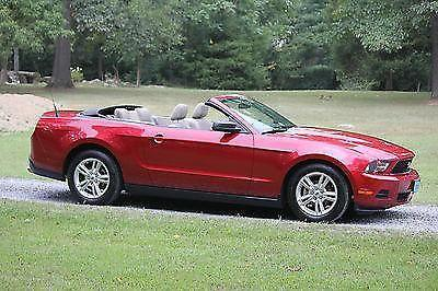 2010 Ford Mustang Base Convertible 2-Door 4.0L
