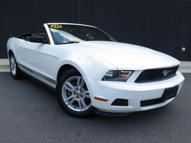 2010 Ford Mustang V6 V6 2dr Convertible