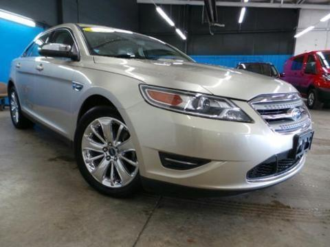 2010 ford taurus 4 door sedan for sale in delphos ohio classified. Black Bedroom Furniture Sets. Home Design Ideas