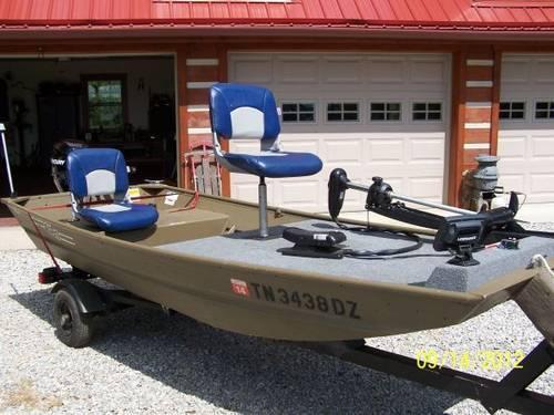 2010 g 3 jon boat 9 9 mercury 4 stroke trolling motor for Trolling motor on sale