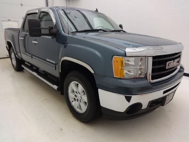 2010 gmc sierra 1500 4x4 sle 4dr crew cab 5 8 ft sb for sale in defiance ohio classified. Black Bedroom Furniture Sets. Home Design Ideas