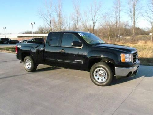 2010 gmc sierra 1500 extended cab pickup 4wd ext cab 143 5 sl for sale in barrington illinois. Black Bedroom Furniture Sets. Home Design Ideas