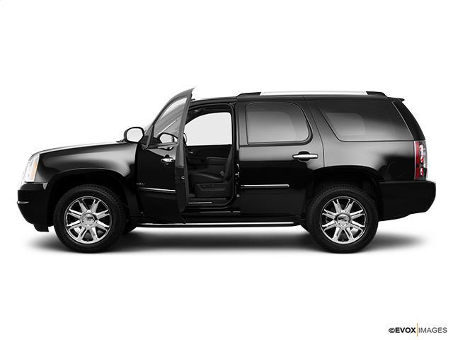 2010 gmc yukon denali awd denali 4dr suv for sale in concord ohio classified. Black Bedroom Furniture Sets. Home Design Ideas