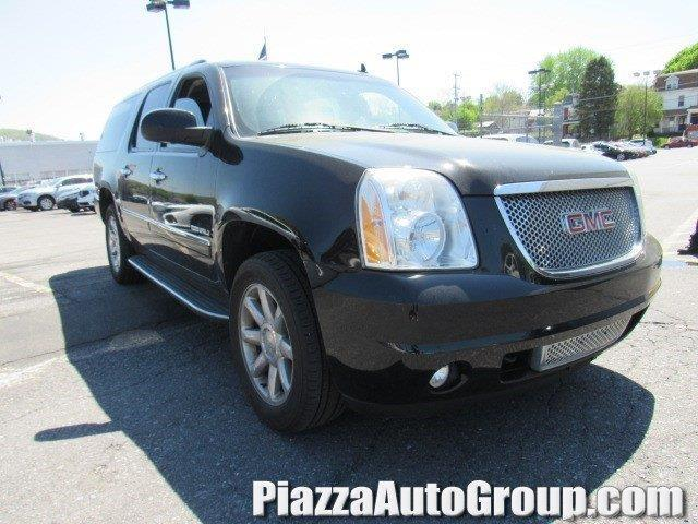 2010 gmc yukon xl denali awd denali xl 4dr suv for sale in reading pennsylvania classified. Black Bedroom Furniture Sets. Home Design Ideas