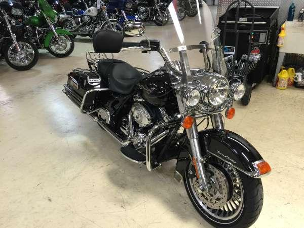 2010 harley davidson road king for sale in lynchburg virginia classified. Black Bedroom Furniture Sets. Home Design Ideas