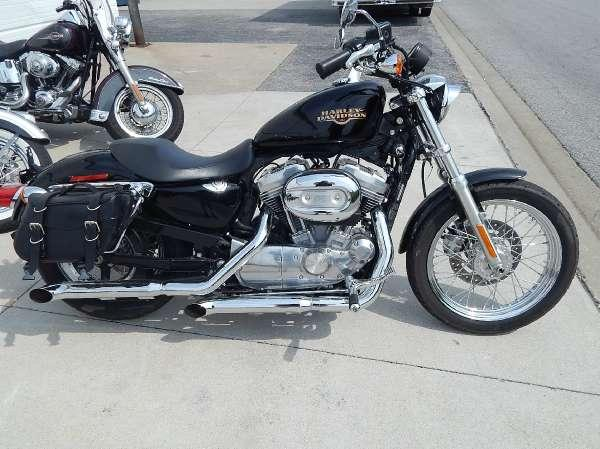 2010 Harley-Davidson Sportster 883 Low for Sale in Marion, Illinois