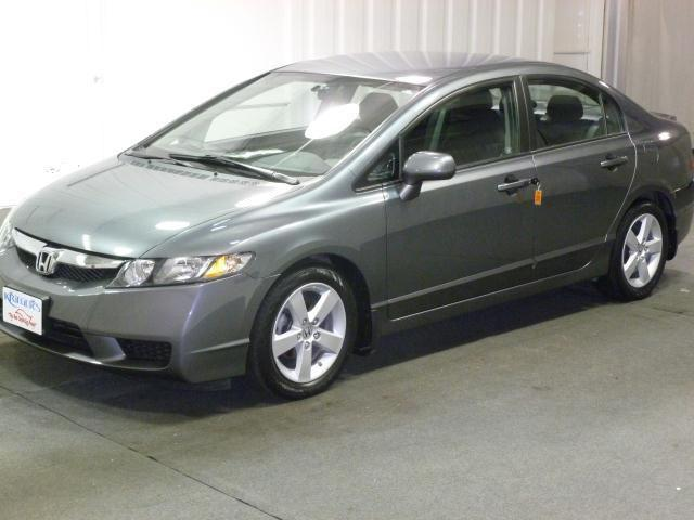 2010 honda civic lx s for sale in muscatine iowa classified. Black Bedroom Furniture Sets. Home Design Ideas