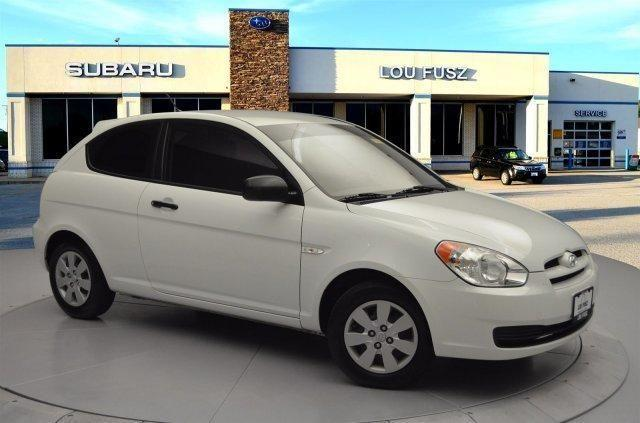 2010 hyundai accent blue for sale in saint peters missouri classified. Black Bedroom Furniture Sets. Home Design Ideas