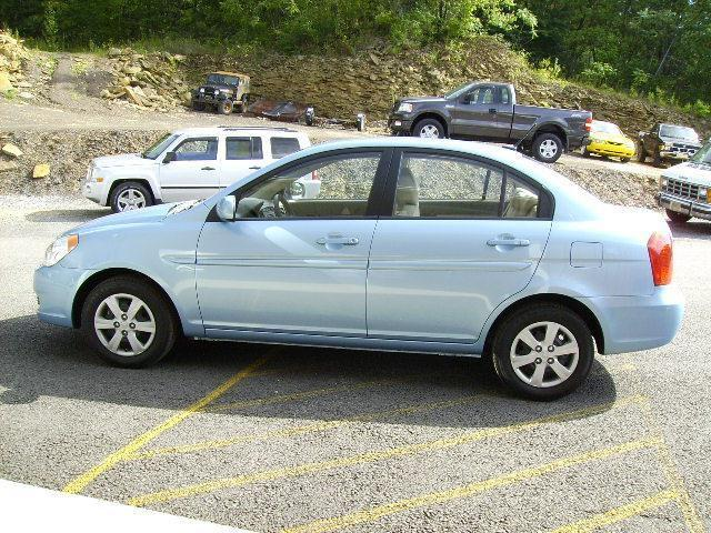 2010 Hyundai Accent Gls For Sale In Portage Pennsylvania