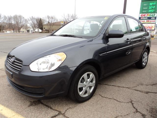 2010 hyundai accent gls for sale in sioux falls south. Black Bedroom Furniture Sets. Home Design Ideas