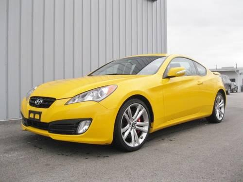 2010 hyundai genesis track coupe reduced for sale in clementwood vermont classified. Black Bedroom Furniture Sets. Home Design Ideas
