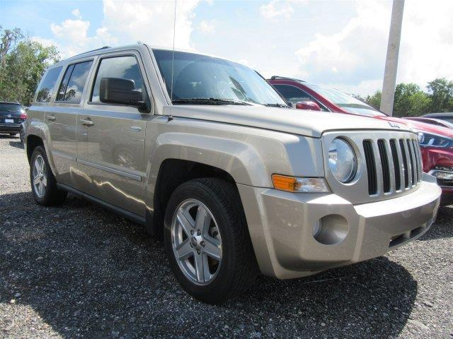 2010 Jeep Patriot Latitude Latitude 4dr SUV