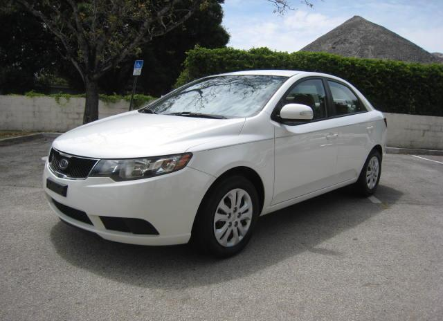 2010 KIA FORTE EX CLEAN CARFAX ONLY $4790