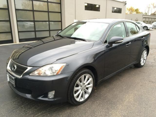 2010 lexus is 250 sedan awd for sale in milwaukee wisconsin classified. Black Bedroom Furniture Sets. Home Design Ideas