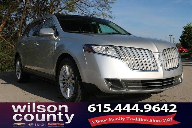 2010 Lincoln MKT Base 4dr Crossover